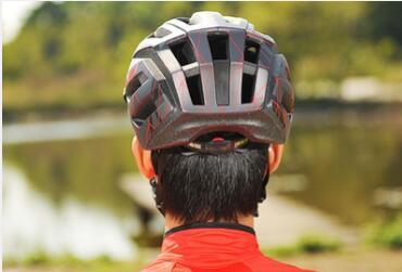 魔术贴在粘扣带头盔上的应用
